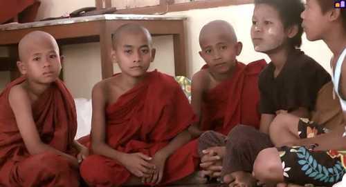 как монахи солдат победили